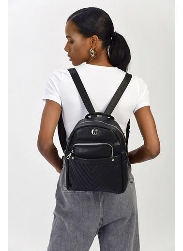 TH Bags TH Bags Fermuarlı Cepli Kadın Sırt Çantası Siyah